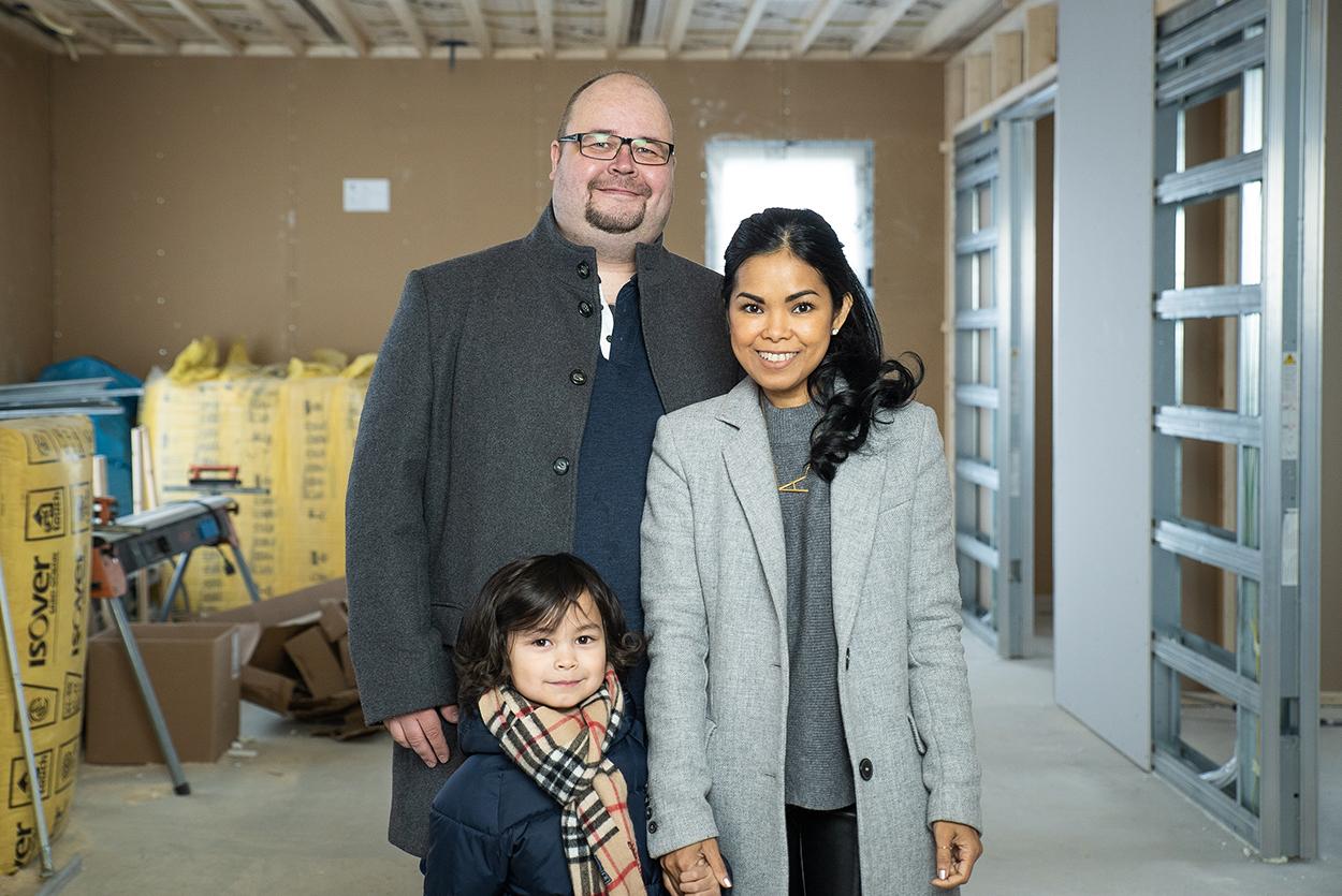 Perhe Syvälahti kierrättää rakennusmateriaalin Fortumin palvelun avulla
